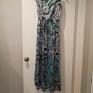 Romeo & Juliet Couture strapless maxi dress